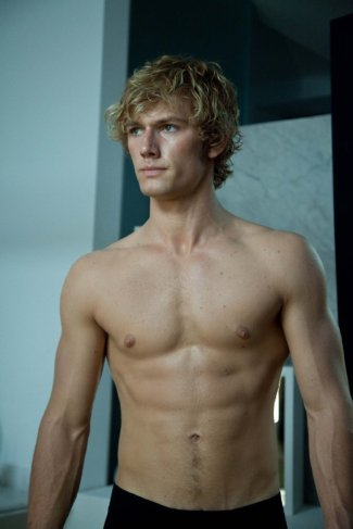 Alex-Pettyfer-Beastly